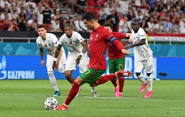 โปรตุเกส ไล่เจ๊าฝรั่งเศส 2-2 เข้ารอบคู่ เบนเซม่าซัดเบิ้ล โรนัลโด้ขอ 2!